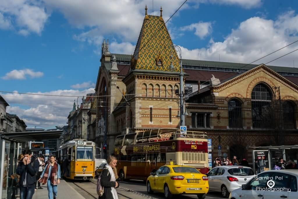 Buitenkant Markthal in Boedapest