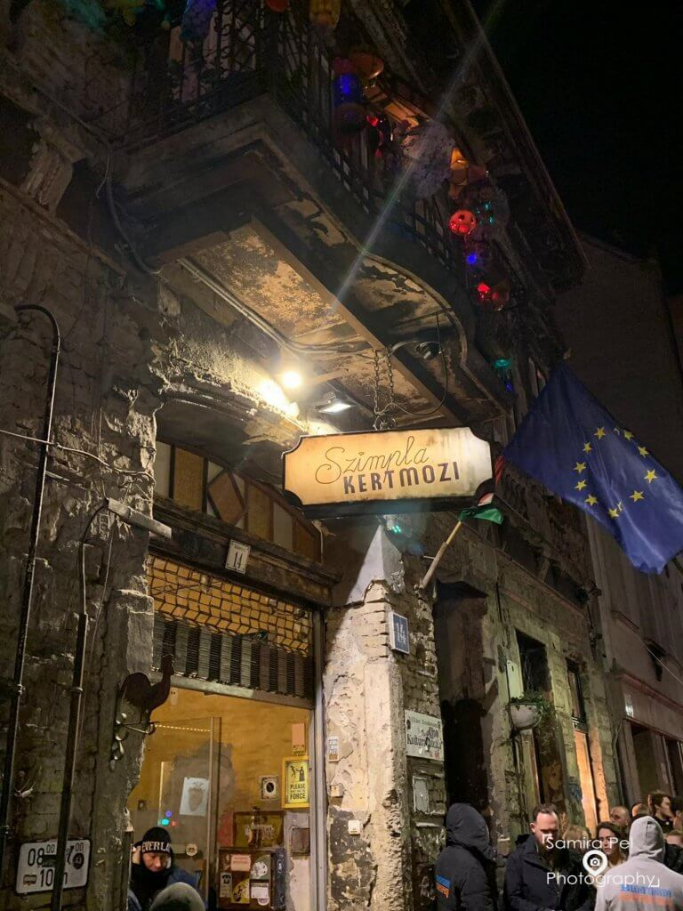 Going out in Szimpla Kert Budapest