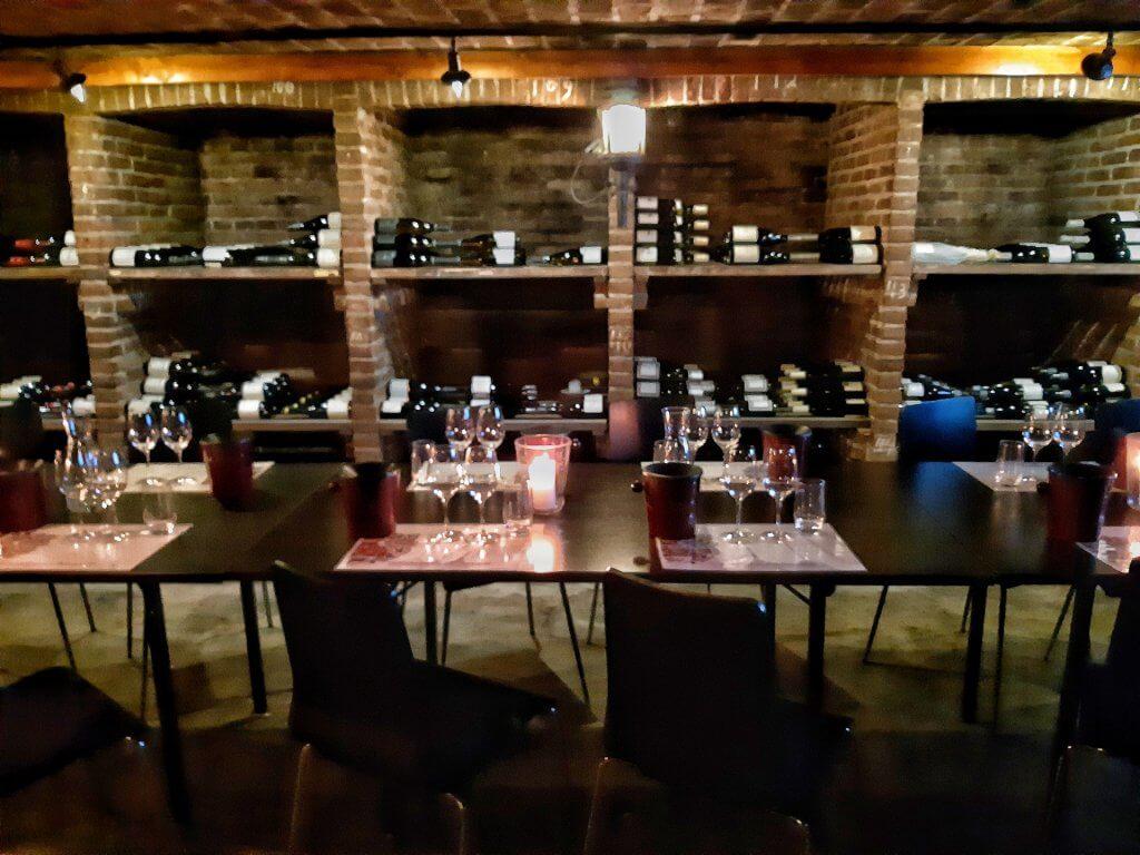 Wijnkelder in Wijnkoperij Okhuysen in Haarlem