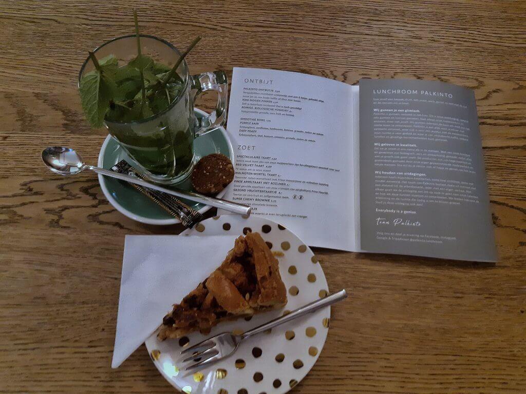 Fresh mint tea with applecake at Palkinto Lunchroom in Voorburg